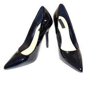 Gently used Black Forever 21 Pumps size 7.5